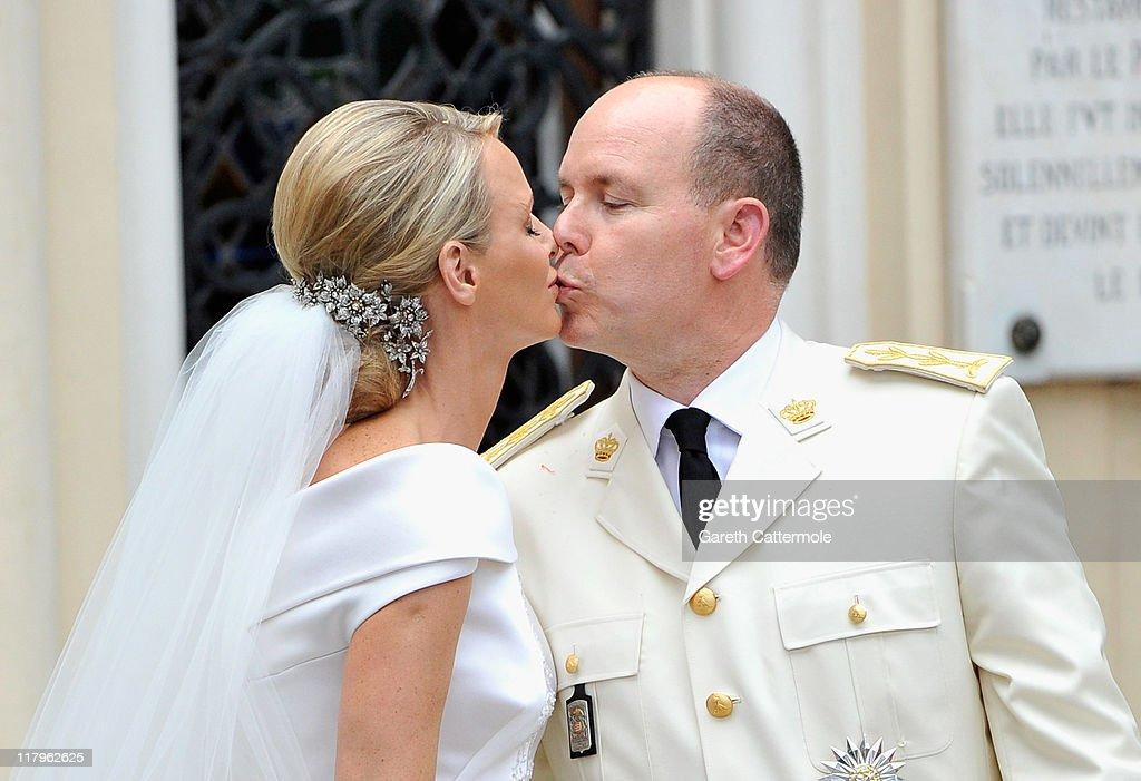 Monaco Royal Wedding - Cortege : News Photo