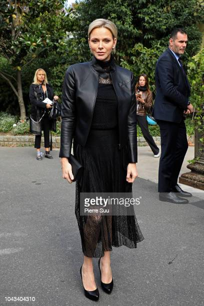 Princess Charlene of Monaco arrives at the Akris show as part of the Paris Fashion Week Womenswear Spring/Summer 2019 on September 30, 2018 in Paris,...