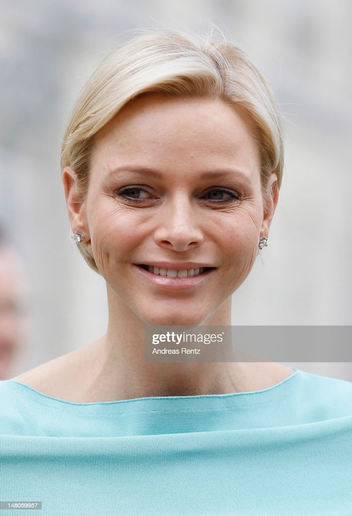Prince Albert II of Monaco and Princess Charlene Arrival In Berlin : Nachrichtenfoto