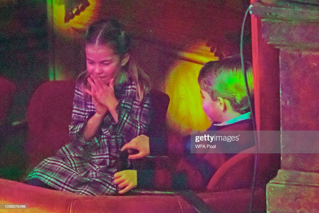 The Duke and Duchess Of Cambridge And Their Family Attend Special Pantomime Performance To Thank Key Workers : News Photo