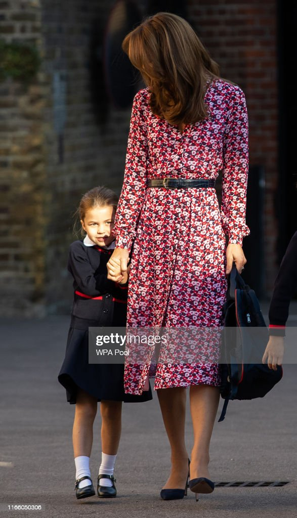 Princess Charlotte's First Day Of School : Foto di attualità