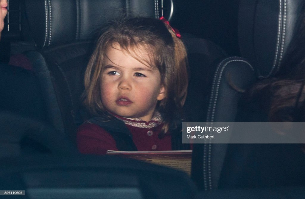 Royal Family Attend Christmas Lunch At Buckingham Palace : ニュース写真
