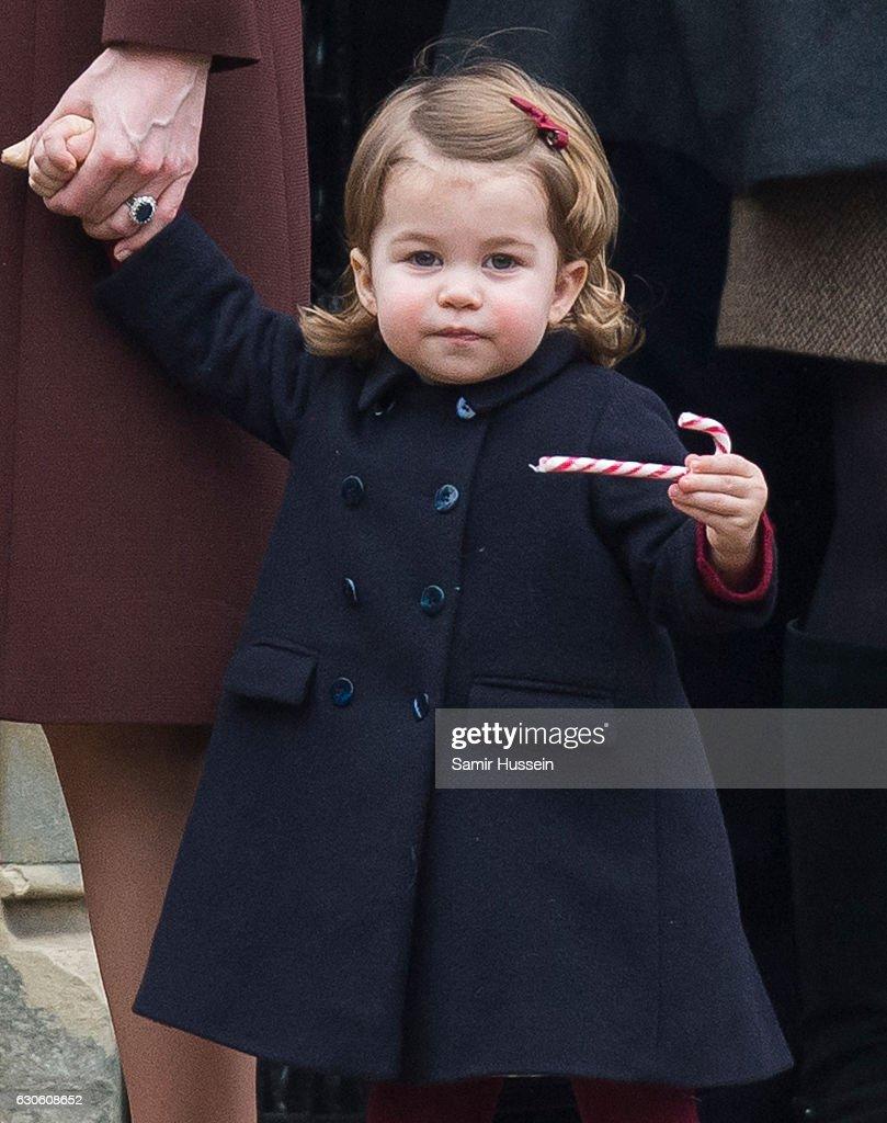 The Middleton Family Attend Church On Christmas Day : Fotografía de noticias