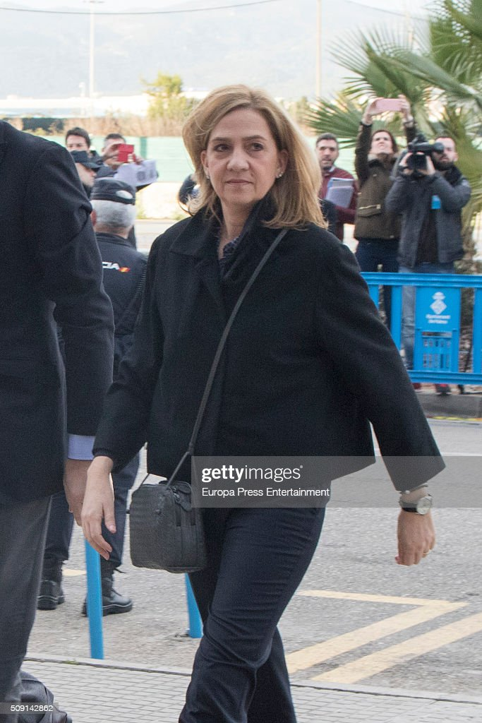 Princess Cristina de Borbon arrives at the courtroom at the Balearic School of Public Administration for summary proceedings on February 09, 2016 in Palma de Mallorca, Spain. Princess Cristina of Spain, sister of King Felipe VI of Spain, faces a tax fraud trial over alleged links to business dealings of her husband, Inaki Urdangarin Princess Cristina co-owned with her husband a company called Aizoon alleged to be one of the companies used by the non-profit foundation named 'Instituto NOOS', headed by Inaki Urdangarin to misuse 5.6 million euro of public funds which were allocated to organise sports and tourism events.