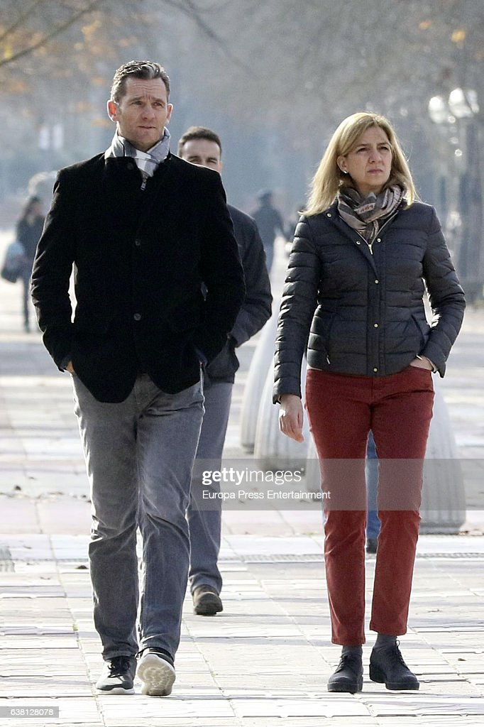 Princess Cristina Of Spain And Family Sighting In Vitoria - December 27, 2016 : News Photo