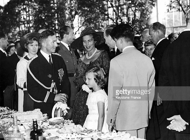 Princess De Rethy Talking With The Commander De Castelbajac Alongside Princess MarieChristine Of Belgium And Leopold Iii During The Royal Garden...