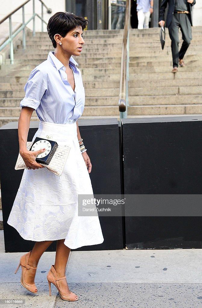 Street Style - Day 4 - New York Fashion Week Spring 2014 : News Photo
