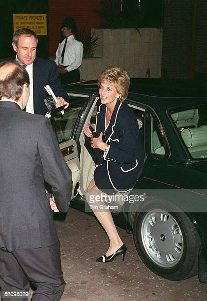 Princess Diana Alighting Her Car At The Hilton Hotel For A Charity Lunch She Is Accompanied By Her Bodyguard Dave Sharp