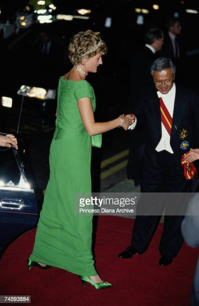Princess Diana arrives at the Dorchester Hotel, London for a state banquet given by the Malaysian government, 11th November 1993. The Princess is...