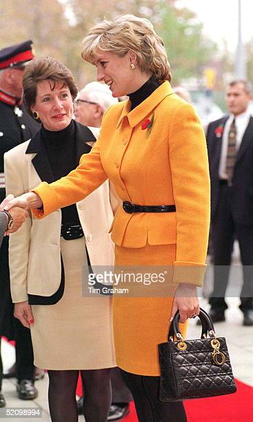 Princess Diana Arriving At The Liverpool Women's Hospital, Merseyside. She Is Wearing A Suit Designed By Fashion Designer Versace