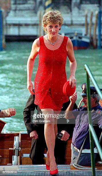 Princess Diana arriving at the Peggy Guggenheim Museum in Venice for a reception as part of the Biennale exhibition, 8th June 1995. She is wearing a...