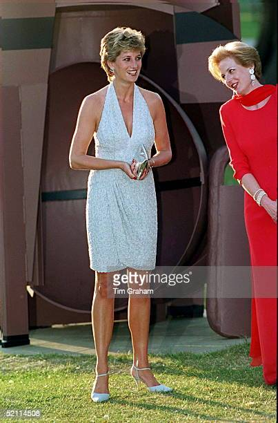 Princess Diana At Serpentine Gallery In Hyde Park, London Walking In Front Of Sculpture Called 'black Russian' By Anthony Caro.