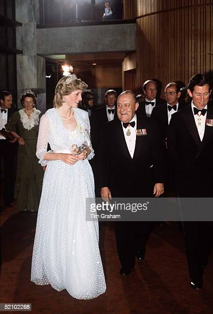 Princess Diana At State Banquet Parliament House In Wellington New Zealand In A Dress Designed By The Emanuels With Her Is Prime Minister Of New...