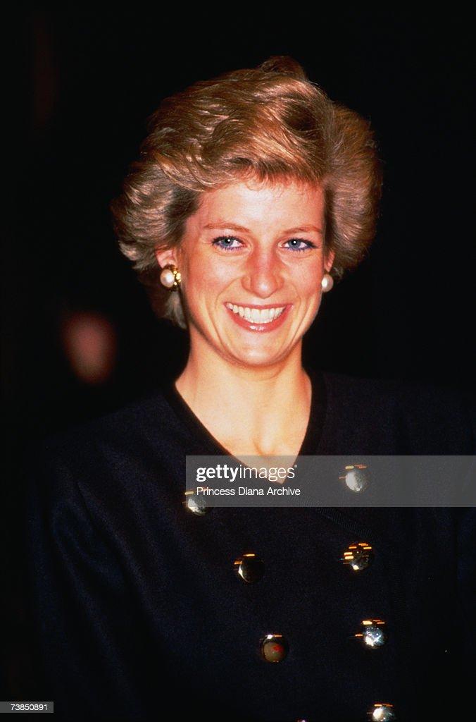 Princess Diana (1961 - 1997) at the Royal Academy of Dramatic Arts, London, November 1989.