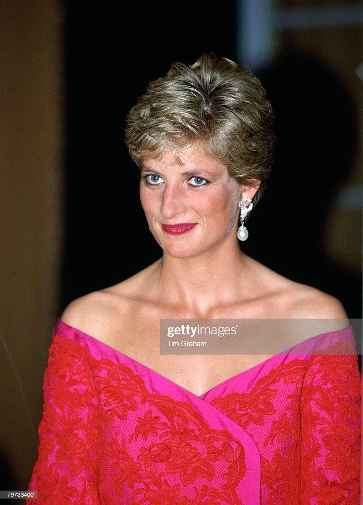 Princess Diana at the Royal Albert Hall in London : News Photo