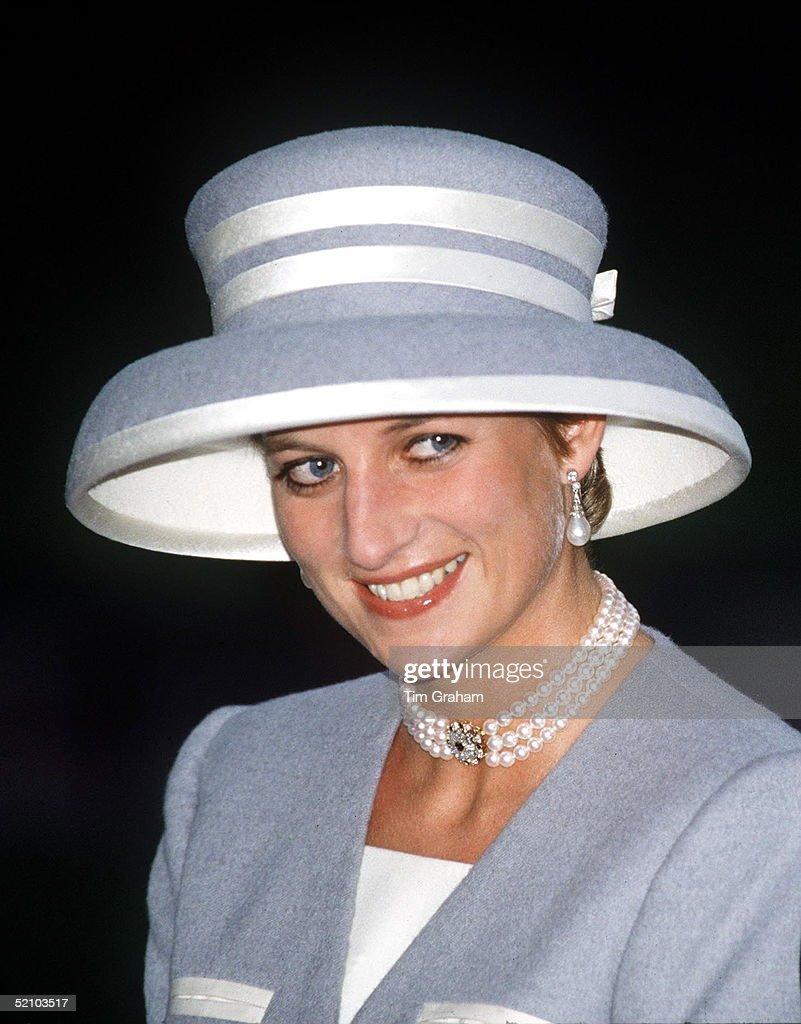 Princess Diana  At Society Wedding : News Photo
