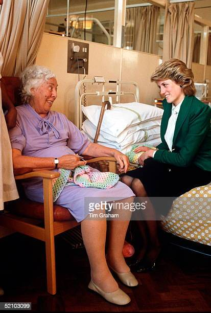 Princess Diana Chatting To A Patient At St Joseph's Hospice Hackney London