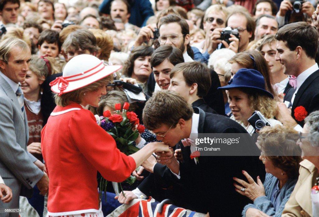 Diana Australia Walkabout : News Photo