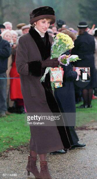 204 princess diana christmas photos and premium high res pictures getty images 204 princess diana christmas photos and premium high res pictures getty images
