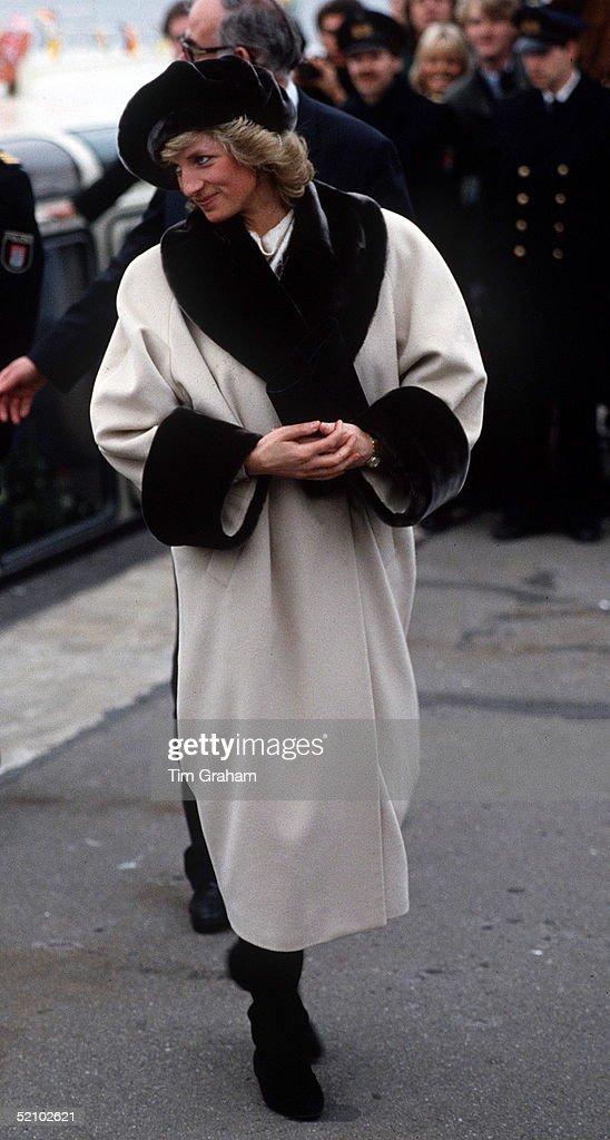 Diana Fake Fur : News Photo
