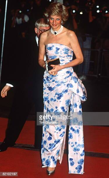 Princess Diana In London At The Film Premiere Of 'when The Whales Came' At The Odeon In Leicester Square