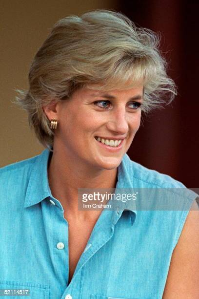 Princess Diana In Luanda Angola