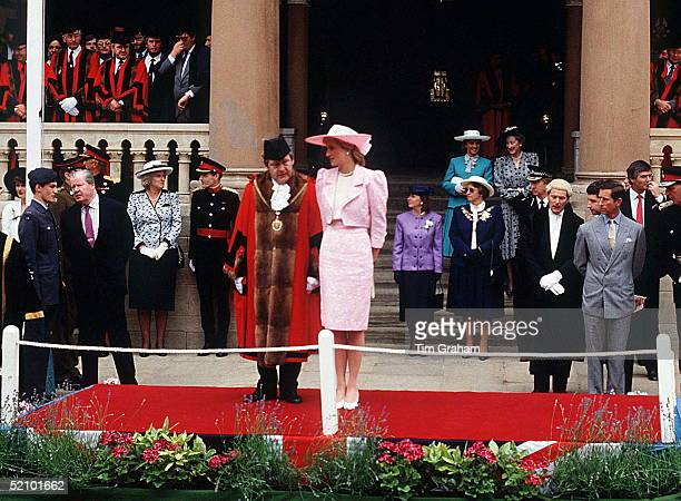 Princess Diana In Northampton Receiving The Freedom Of The City. On The Left Wearing A Red Tie Is Her Father Earl Spencer. On The Right Is Her...