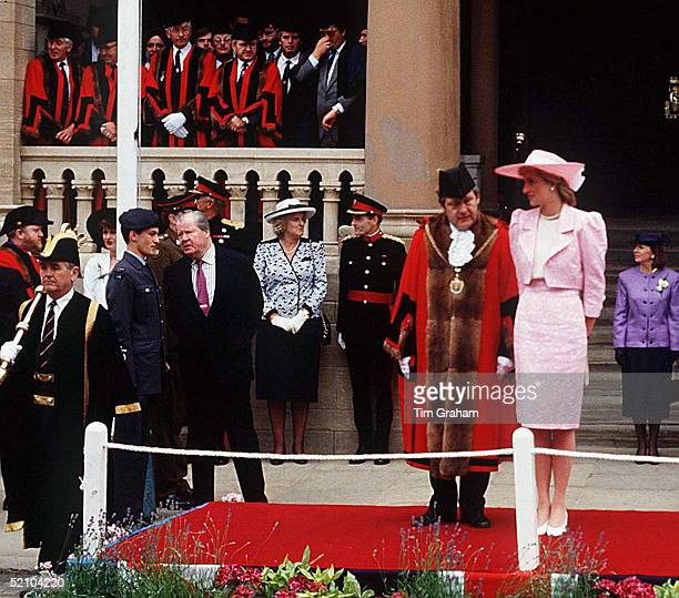 the legacy left by diana frances spencer Princess diana was born the honorable diana frances spencer on july 1, 1961 she was the third female child to viscount and viscountess althorp diana had two older sisters, sarah and jane and one younger brother, charles.