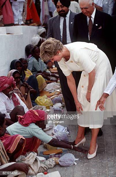 Princess Diana Meeting The Untouchables, India's Lowest Caste, At The Mianpur Old Age Welfare Centre In Hyderabad, India. An Elderly Lady Who Is...