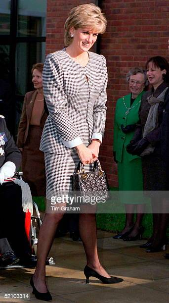 Princess Diana Patron Opening The National Institute Of Conductive Education At Cannon Hill House Russell Road Moseley Birmingham The Princess Is...