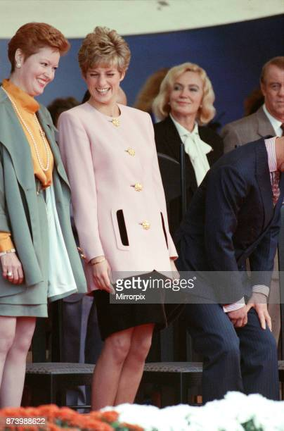 Princess Diana Princess of Wales and The Prince of Wales Prince Charles on their tour of Canada October 1991 Diana Princess Of Wales is pictured with...