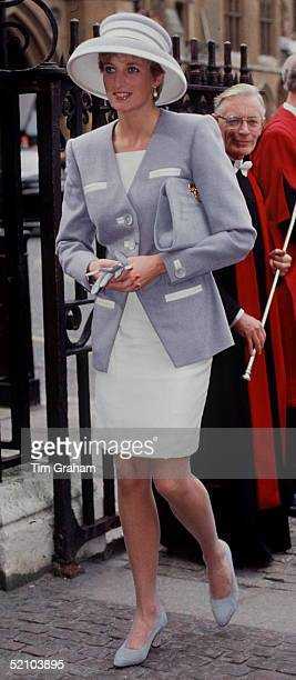 Princess Diana Princess Of Wales Arriving At Westminster Abbey