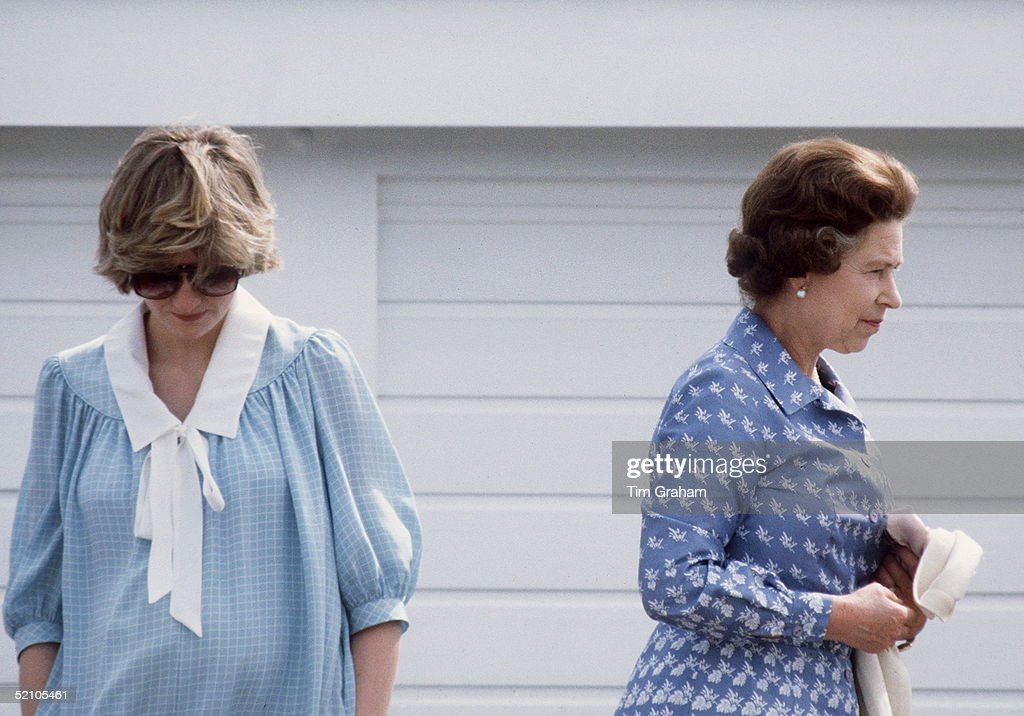 Queen And Diana Polo : News Photo