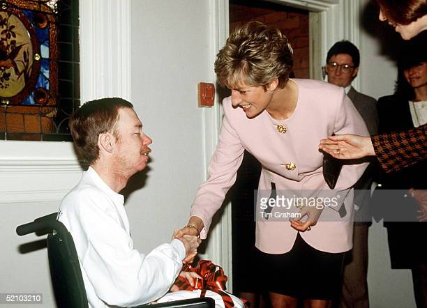 Princess Diana Shaking Hands With One Of The Residents Of Casey House An Aids Hospice In Toronto Canada