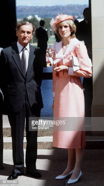 Princess Diana Visiting A War Memorial In Canberra During Her Tour Of Australia With Prince Charles