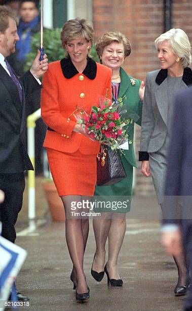Princess Diana Visiting The English National Ballet School In South West London. The Princess Is Carrying A Bouquet Of Red Roses And A Christian Dior...