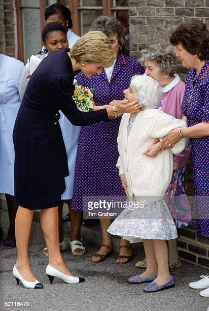 Princess Diana Visiting The Lord Gage Centre For Old People A Guinness Trust Home In Newham East London