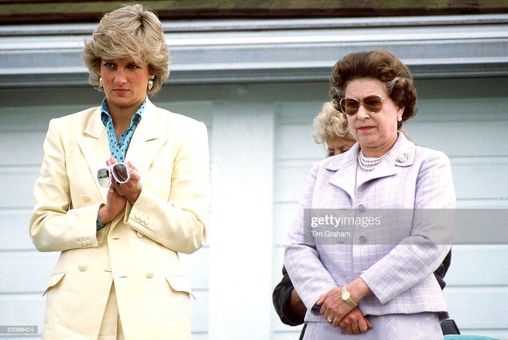 Diana - Queen At Polo : News Photo
