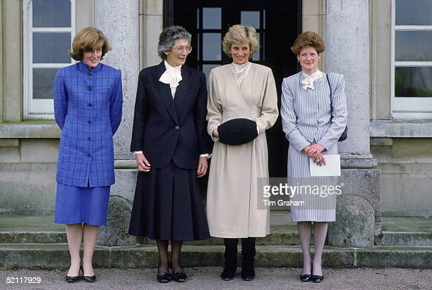 Princess Diana With Her Sisters Lady Jane Fellows And Lady Sarah Mccorquodale Meeting The Headmistress Of West Heath School