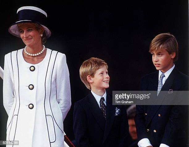 Princess Diana With Prince Harry Prince William At A Parade To Commemorate The 50th Anniversary Of Vj Day Designer Of Diana's Suit Tomasz Starzewski