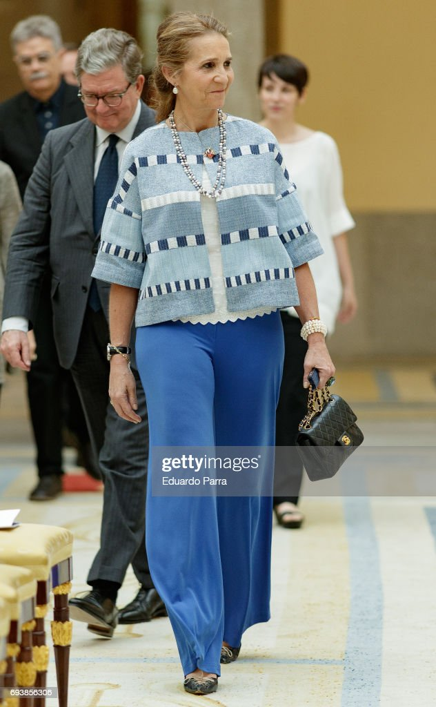 Princess Elena de Borbon attends during the deliver of awards for 'Patrimonio Nacional Painting's Contest for Children' at Royal Palace on June 8, 2017 in Madrid, Spain.