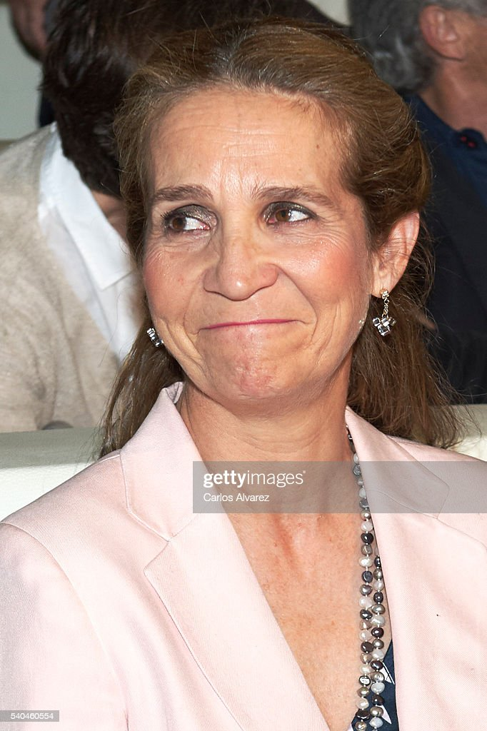 Princess Elena of Spain attends 'Todos Somos Estudiantes' Movistar awards at the Telefonica Auditorium on June 15, 2016 in Madrid, Spain.