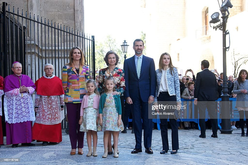 Princess Elena of Spain, Princess Sofia of Spain, Princess Leonor of Spain, Queen Sofia of Spain, Prince Felipe of Spain and Princess Letizia of Spain attend Easter Mass at the Cathedral of Palma de Mallorca on March 31, 2013 in Palma de Mallorca, Spain.