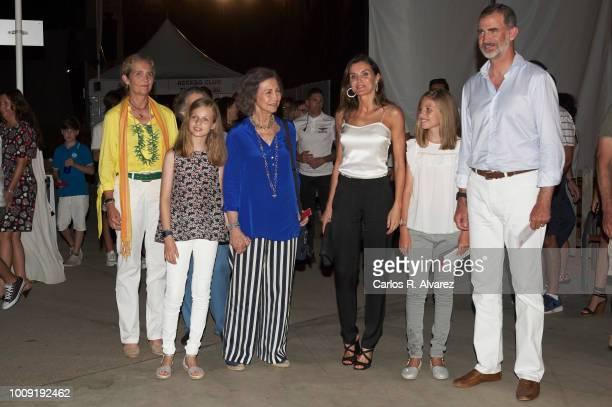 Princess Elena Princess Leonor of Spain Queen Sofia Queen Letizia of Spain Princess Sofia of Spain and King Felipe VI of Spain attend Ara Malikian...