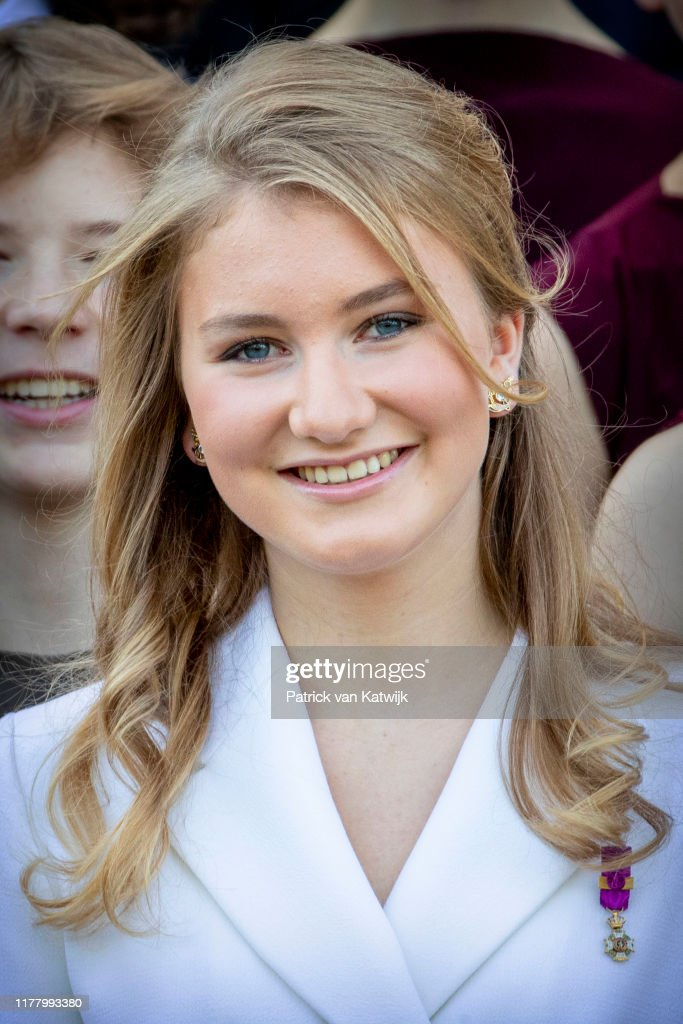 Princess Elisabeth Of Belgium Celebrates Her 18th Anniversary At The Royal Palace In Brussels : Nachrichtenfoto