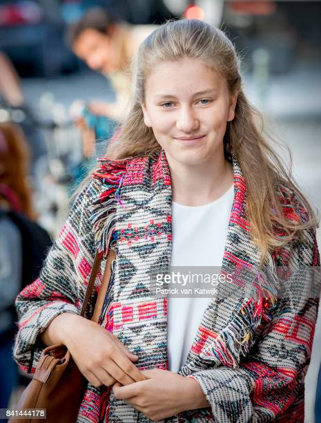 Princess Elisabeth of Belgium on her way to school at the SintJanBerchmanscollege after the summer vacation on September 1 2017 in Brussels Belgium