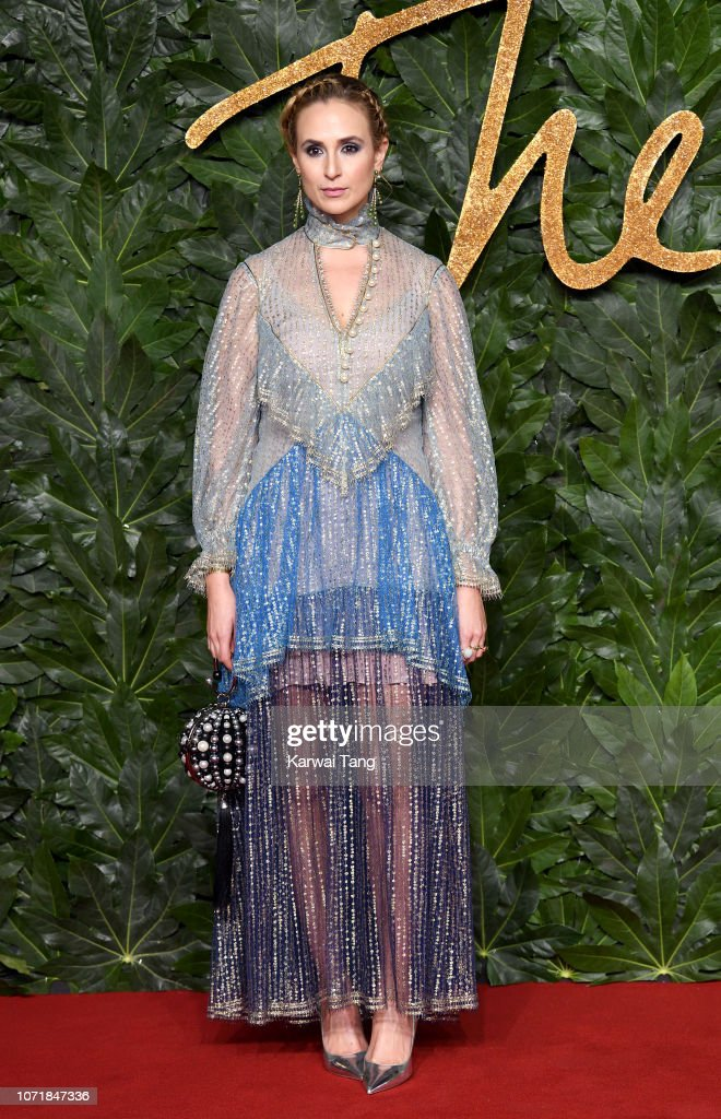https://media.gettyimages.com/photos/princess-elisabeth-von-thurn-und-taxis-arrives-at-the-fashion-awards-picture-id1071847336