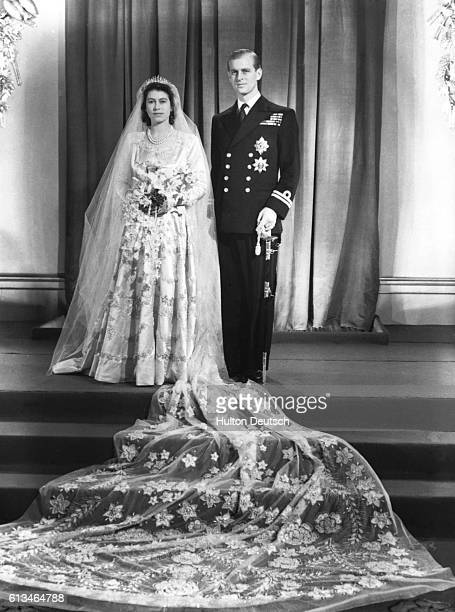 Princess Elizabeth and her husband Phillip Duke of Edinburgh at Buckinham Palace after their marriage at Westminster Abbey 1947