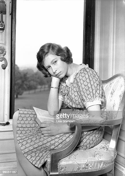 Princess Elizabeth at Windsor Castle, Berkshire, 22nd June 1940. (Photo by Lisa Sheridan/Studio Lisa/Getty Images