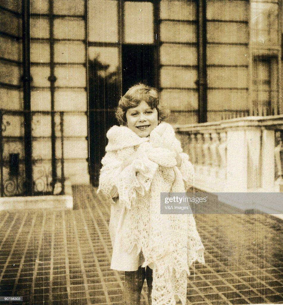 Princess Elizabeth as a child, 1930. : Nieuwsfoto's